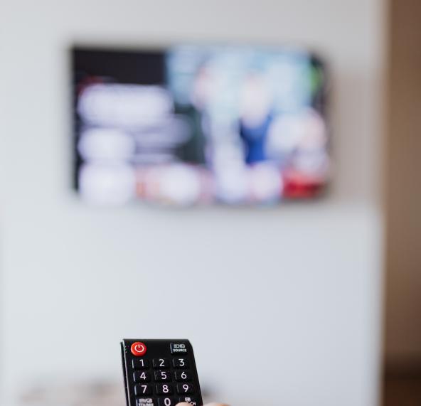 暑假看电视注意事项